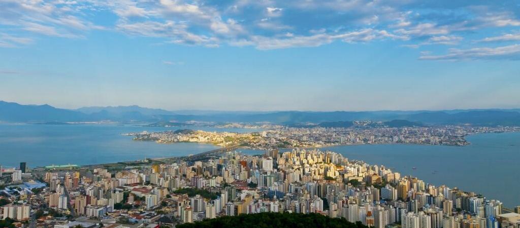 Florianópolis completa 343 anos