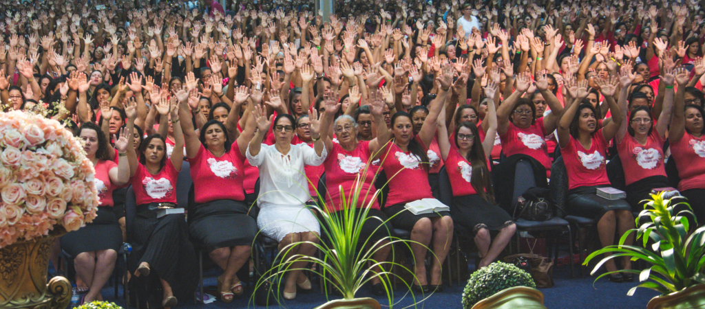 União Feminina da AD Floripa celebra 44 anos com grande festa espiritual